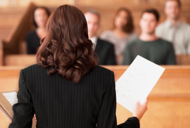 עורך דין, בית משפט